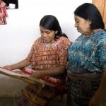 Cotzal master weaver teaching technique
